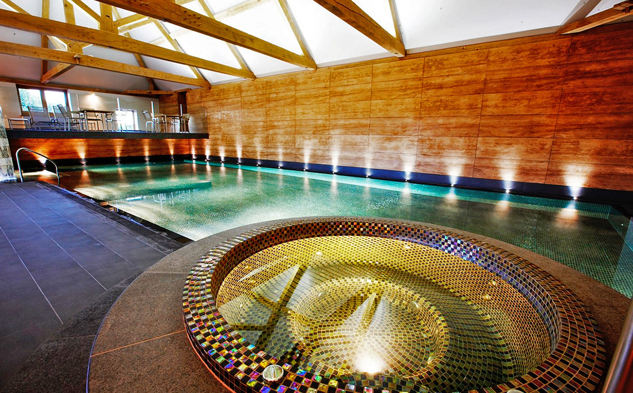 Park House Hotel Pool Barn