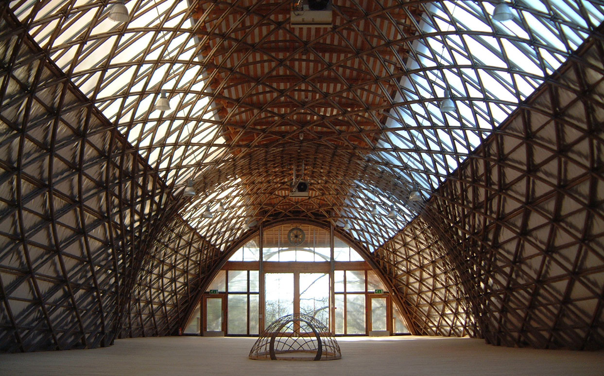 Weald and Downland Gridshell